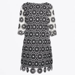 - Sleeved Crochet Lace Dress - Black/White