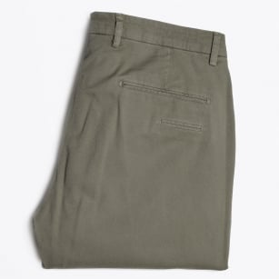 - Textured Cuffed Chino - Green