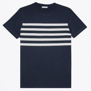 | Banner O-N T-Shirt - Dark Sapphire